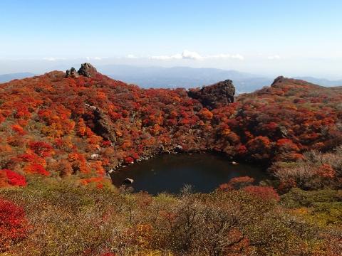 Autumn leaves in Kuju Range